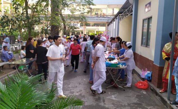 Buổi quyên góp Hội mừng xuân tại Bệnh viện Phạm Ngọc Thạch